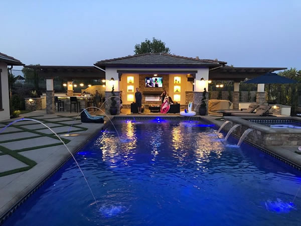 Carmel Mountain Pool Design, Construction & Pool Remodeling